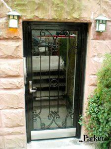 CUSTOM IRON GATE SINGLE DOOR WITH KICK PLATE