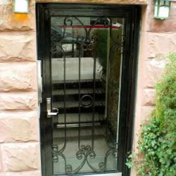 commercial aluminum door
